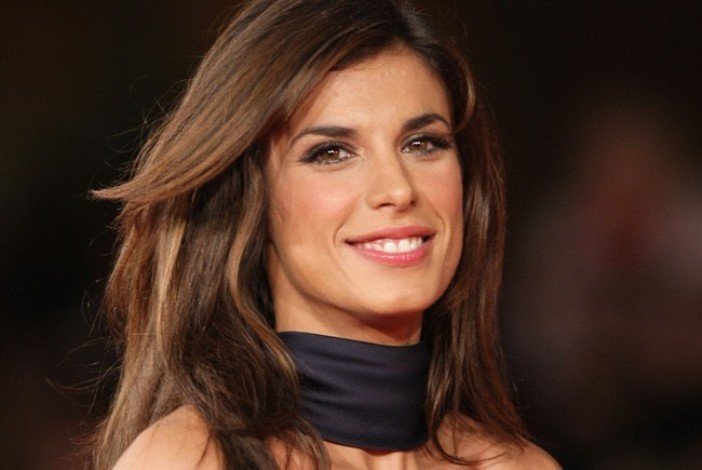 Photo of Elisabetta Canalis, ex velina di Striscia la Notizia, è nuovamente incinta?
