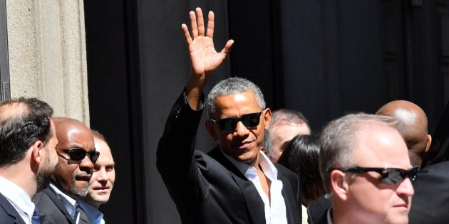 Photo of Obama-day a Milano, bagno di folla per l'ex Presidente